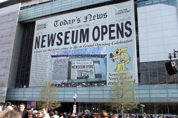 Crowds gather in front of the Newseum on opening day