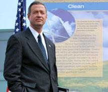 Gov. Martin O'Malley announces Constellation Solar Panels
